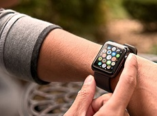 """Apple Watch Series 3 sẽ trang bị dung lượng pin """"siêu khủng"""""""