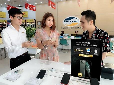 """Có nên mua iPhone 11 kèm gói cước? Ít nhất có 4 """"cái lợi"""" siêu hời cho người dùng Việt"""