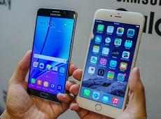 """iPhone 6s """"đè bẹp"""" Galaxy Note 5 ngay trên sân nhà"""