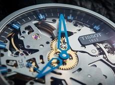 Thêm một hãng đồng hồ Thụy Sĩ tập trung sản xuất smartwatch