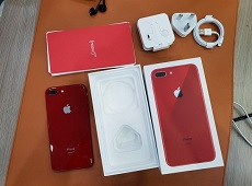 Xuất hiện iPhone 8 và 8 Plus đỏ tại Việt Nam trong ngày đầu tiên mở bán