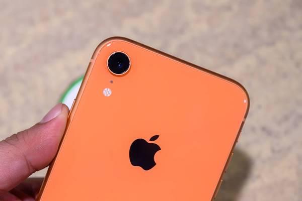 [Video] Trên tay nhanh iPhone XR Đỏ đầu tiên tại Việt Nam