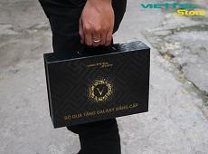 Trên tay bộ quà tặng kèm Galaxy J7 Pro khi đặt mua tại Viettel Store