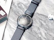 Smartwatch lai là gì? Có gì khác với smartwatch và đồng hồ cổ điển
