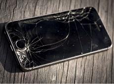 Với 20 phút, bạn có thể tự thay màn hình iPhone SE thành công!