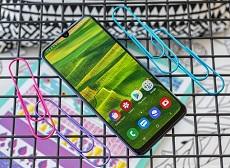 Thiết kế Galaxy A30 được đánh giá khá cao cấp dù giá rẻ dưới 5 triệu
