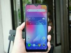 Trên tay Coolpad N5: Smartphone đáng mua nhất trong tầm giá 3 triệu đồng