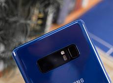 Trên tay Galaxy Note 8 Deep Sea Blue: Độc, lạ và ấn tượng