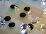 Ngã ngửa với sự thật về smartphone màn hình kim cương