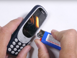 Kiểm tra độ bền Nokia 3310 với màn tra tấn nhìn thôi đã thấy xót xa